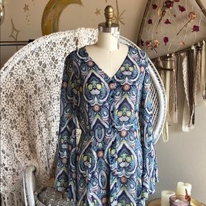 Dresses & Skirts - Peacock hippie boho bell sleeve dress